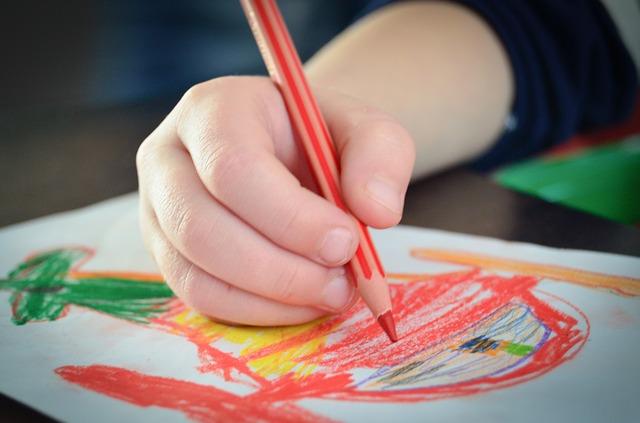 Osservare e comprendere i disegni dei bambini
